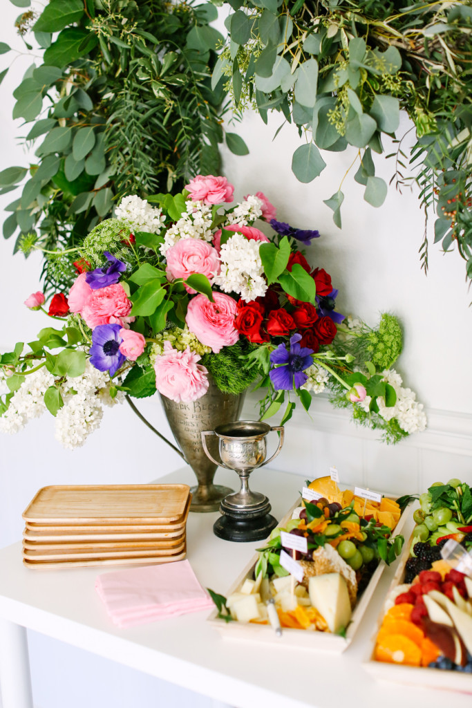 Celebrate-the-Mane-Event-with-This-Kentucky-Derby-Party-Guide-6-900px