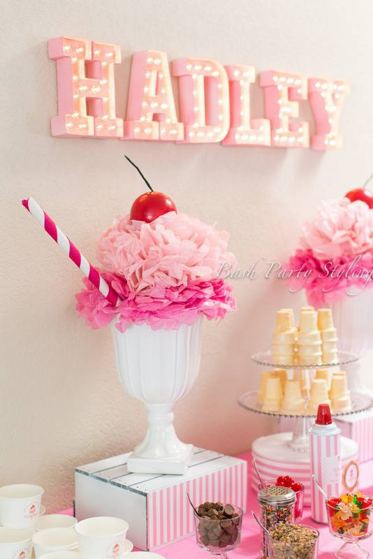 pink-ice-cream-first-birthday-party