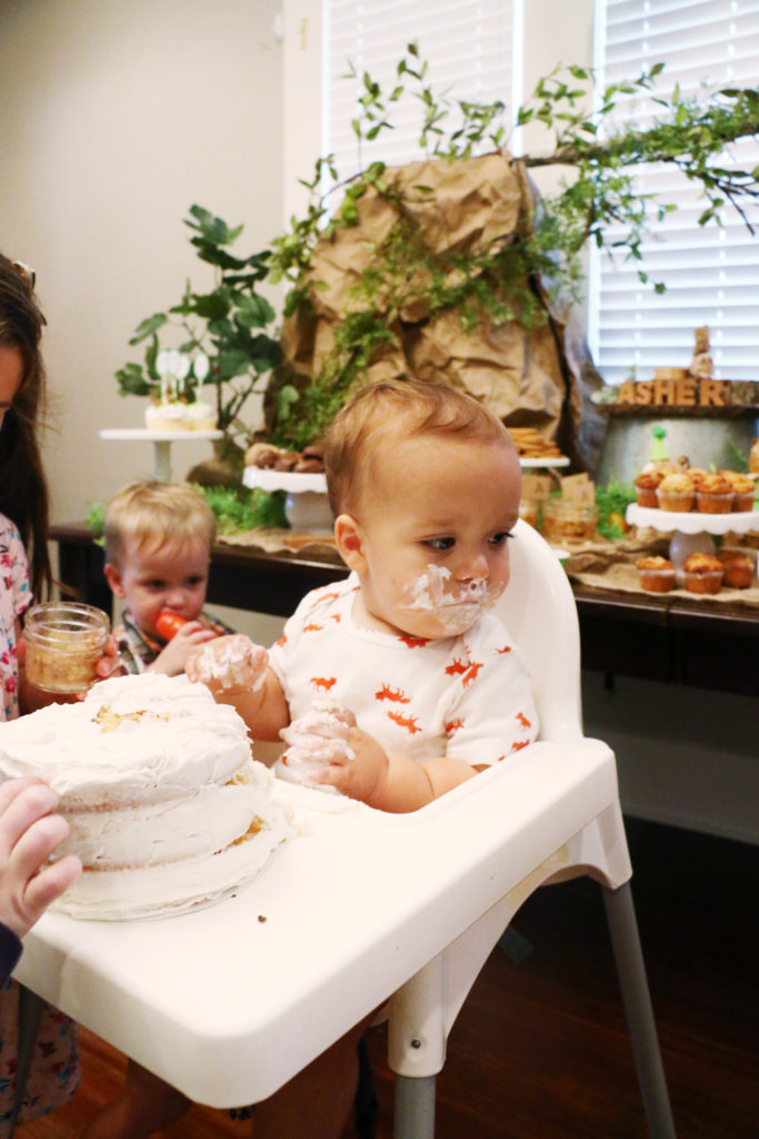 asher-woodland-themed-first-birthday-cake-time2